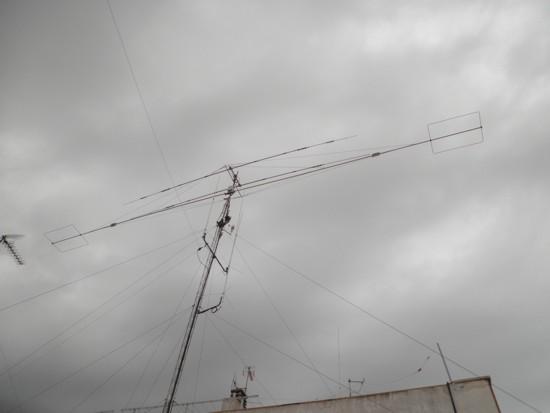 Mi sistema de antenas desde antenas 2011-10-20 así completo todas las bandas con SWR 1.1